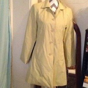 Weatherproof garment company raincoat sz S